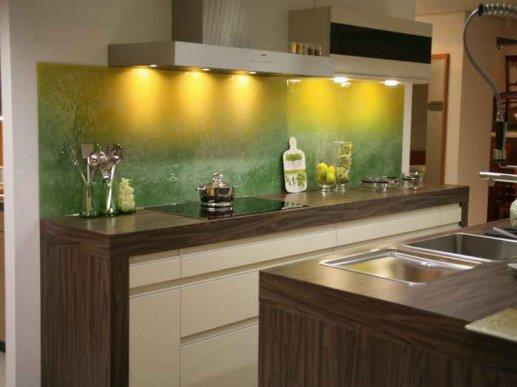 Stakleni kuhinjski zid 05