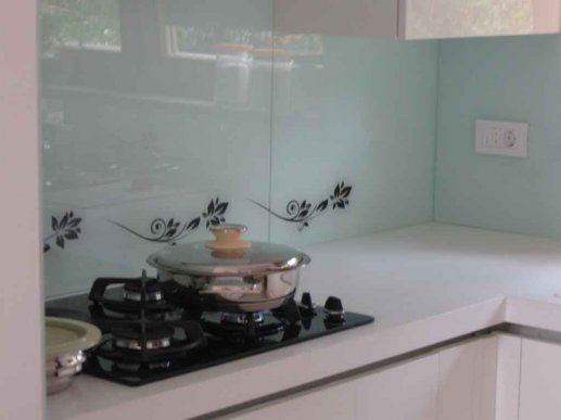 Stakleni kuhinjski zid 02